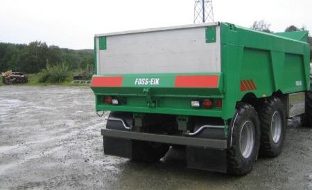 Fjærer og utstyr for høghastighet. Alle tilhengere kan leveres i ønsket farge. Strølem i stål eller aluminium.