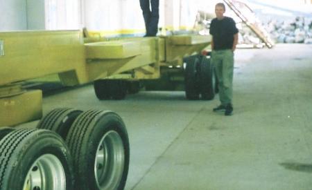 Hevbar for transport av elemente